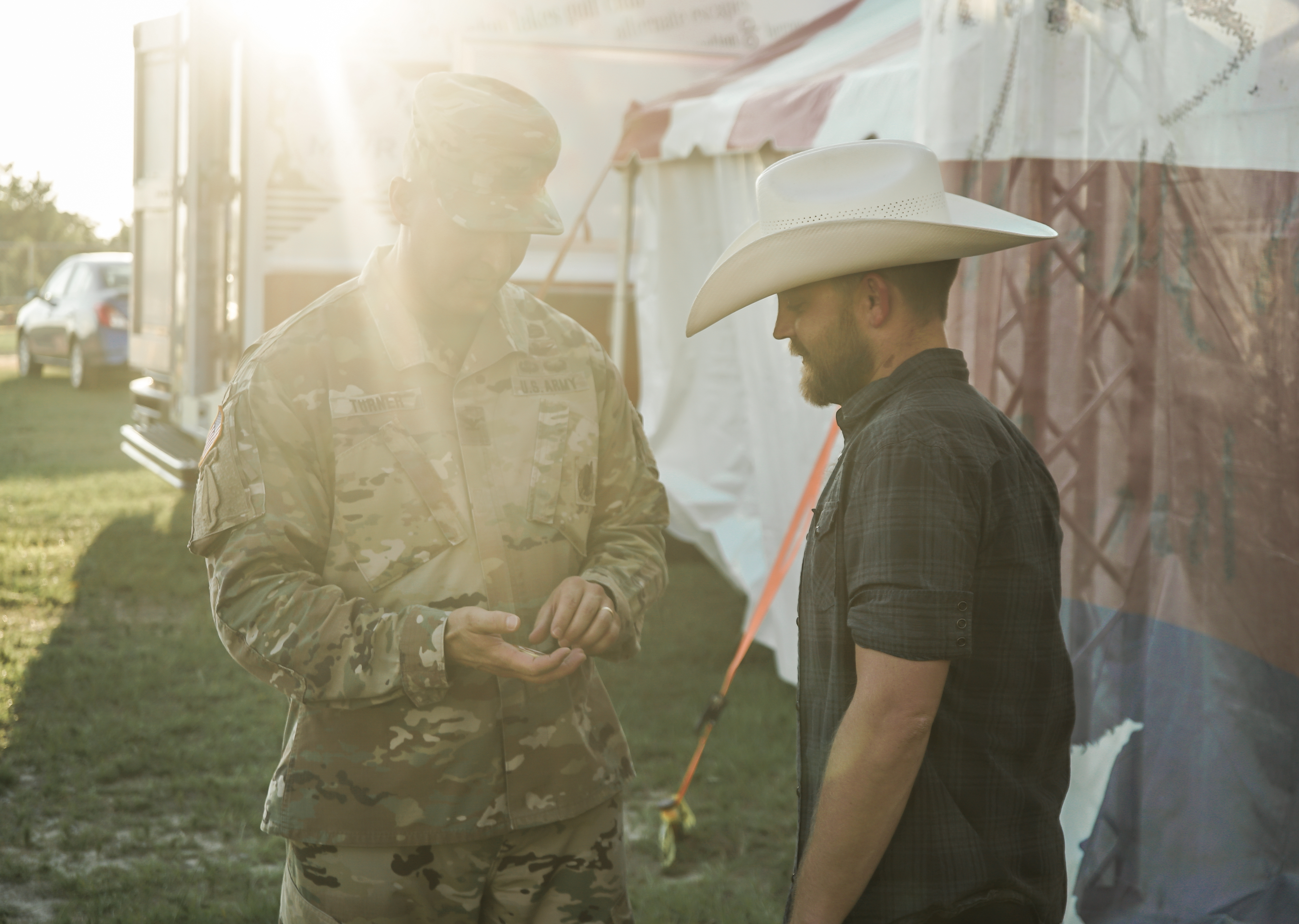 Justin Moore with Soldier